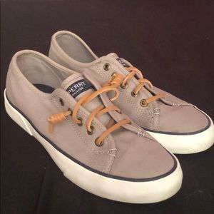 Sperry Sneakers